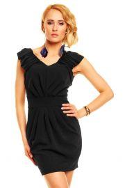 Sort kjole med draperinger